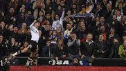 Ferran Torres celebra un gol en Mestalla.
