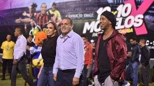 Cuauhtémoc Blanco y Ronaldinho