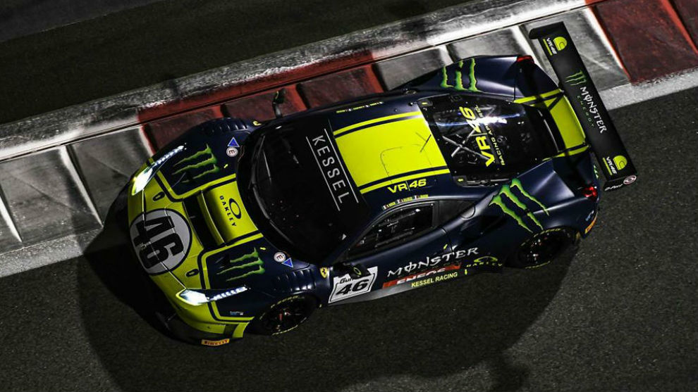 Rossi, sobre el Ferrari en Abu Dabi.
