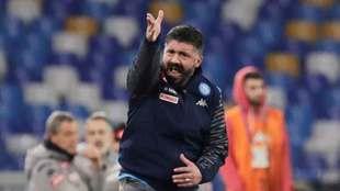 Gattuso durante su primer partido con el Nápoles