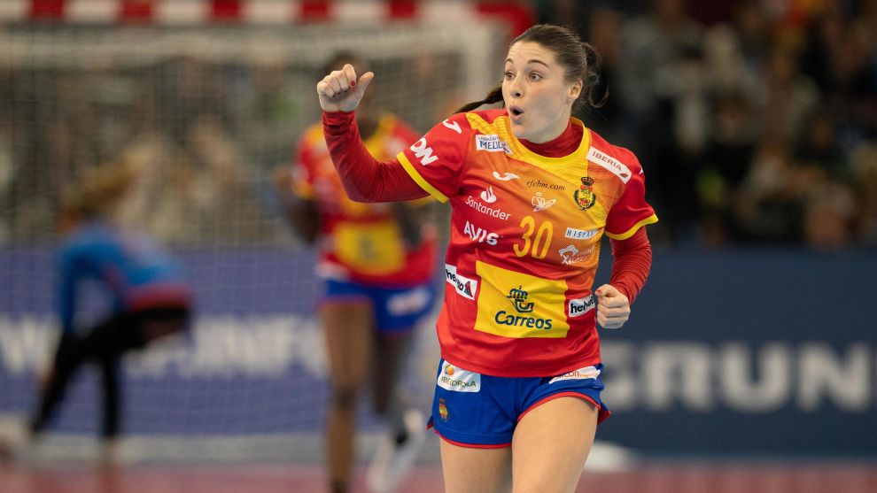 Sole López celebra un gol con las 'Guerreras' /