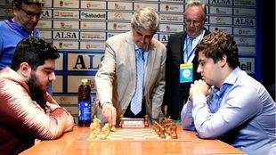 El iraní Parham Maghsoodloo (i) y el leonés Jaime Santos (d) en la...