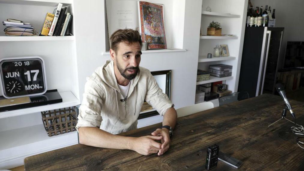 Borja Fernández, atendiendo a MARCA en su domicilio de Valladolid.