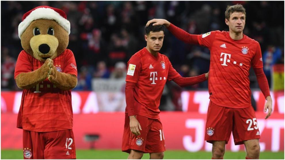 Müller felicita a Coutinho por su 'hat-trick' contra el Werder...