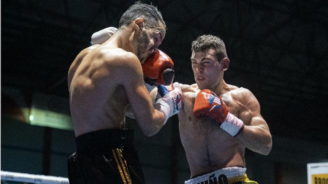 Sergio contra El Massoudi el pasado sábado en Torrelavega.