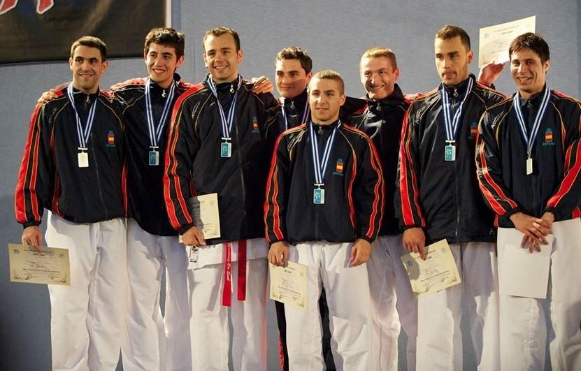 Foto de grupo, de 2010, cuando Barbero fue subcampeón de Europa por...