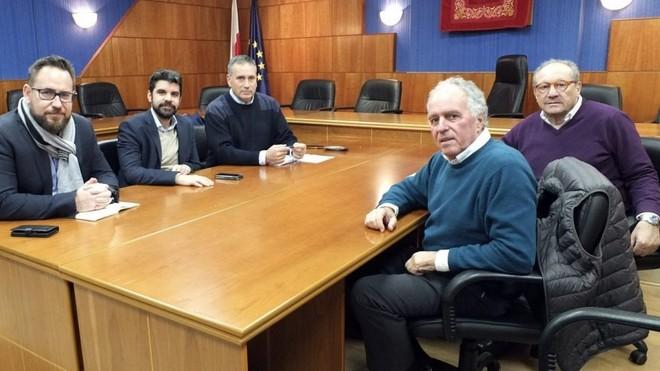 Reunión para el acuerdo de la Ciudad del Rugby en Paracuellos del...