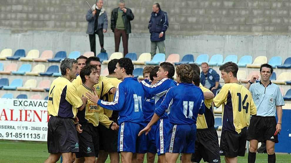 Tangana entre jugadores en un Alcorcón-Fuenlabrada de hace 15 años