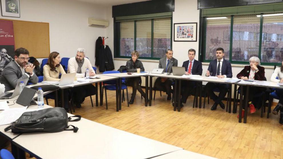 Reunión entre patronal y sindicatos en Madrid.