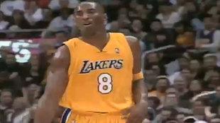 Kobe Bryant durante el partido ante los Mavericks