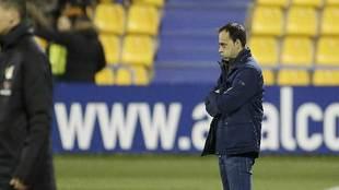 Fran Fernández resopla durante un partido del Alcorcón en Santo...