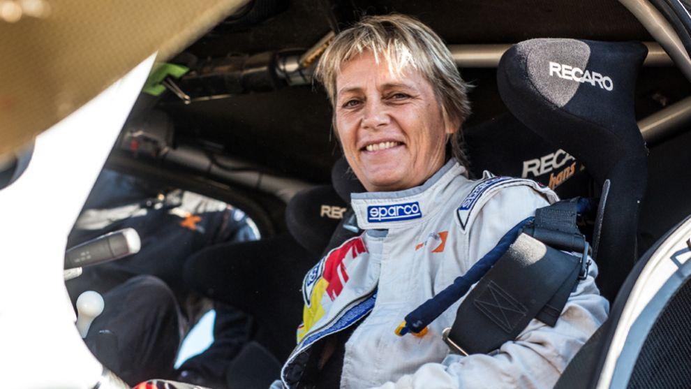 Jutta Kleinschmidt hizo historia en el Dakar 2001.