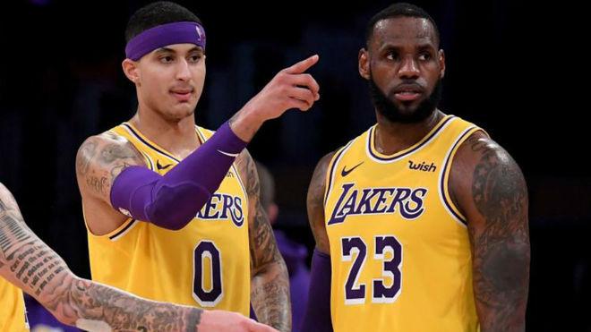 Kyle Kuzma comparte cancha con LeBron James en la temporada 2018-19