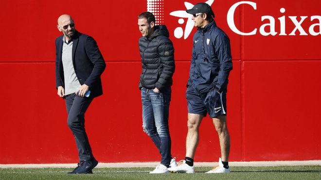 Monchi, Fernando Navarro y Lopetegui, en un entrenamiento.