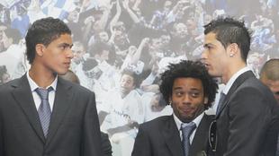 Varane y Cristiano en un acto del Madrid en 2012