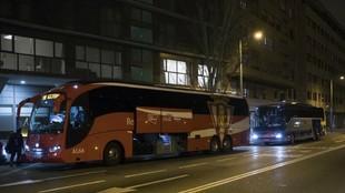 El Sporting se desplazó en dos autocares, el de los afectados por el...