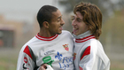 Darío Silva y Sergio Ramos, en su etapa en el Sevilla en la 04-05