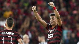 Reinier, celebrando un gol con el Flamengo.