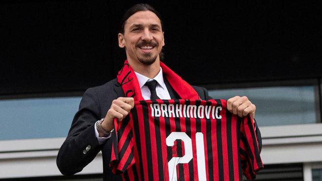 Ibrahimovic, en su presentación con el Milan.