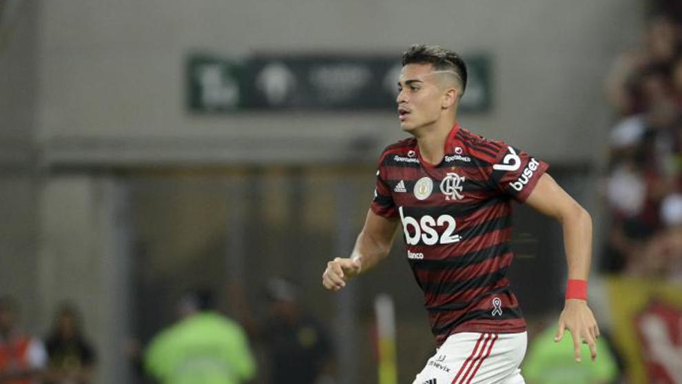 Reinier, en un partido con Flamengo