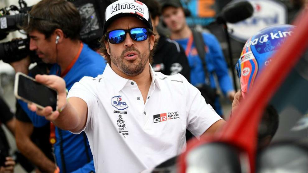 Fernando Alonso, en el día previo al arranque del Dakar.