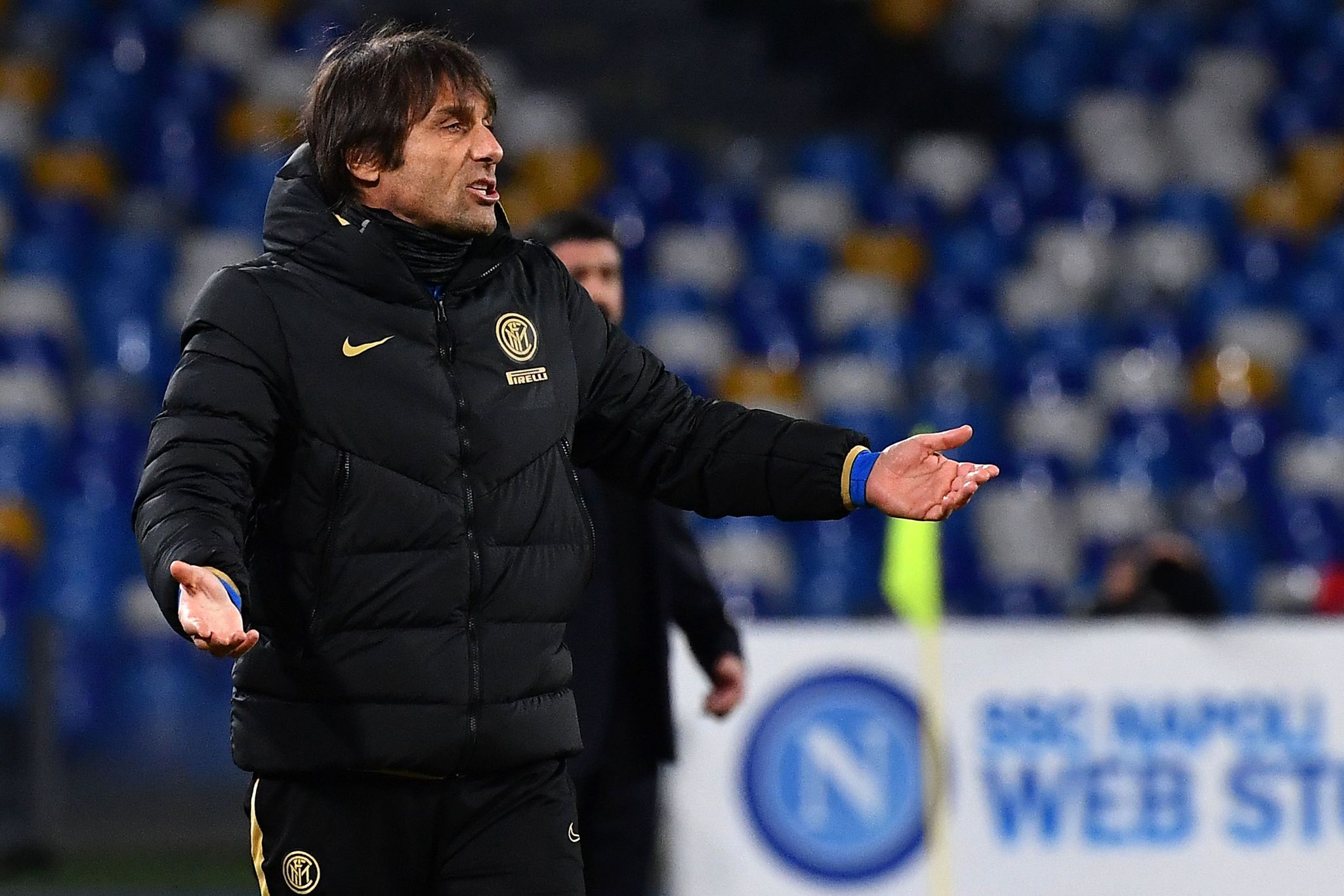 Inter Milans Italian head coach Antonio <HIT>Conte</HIT> reacts during the Italian Serie A football match Napoli vs Inter Milan on January 6, 2020 at the San Paolo stadium in Naples. (Photo by Tiziana FABI / AFP)
