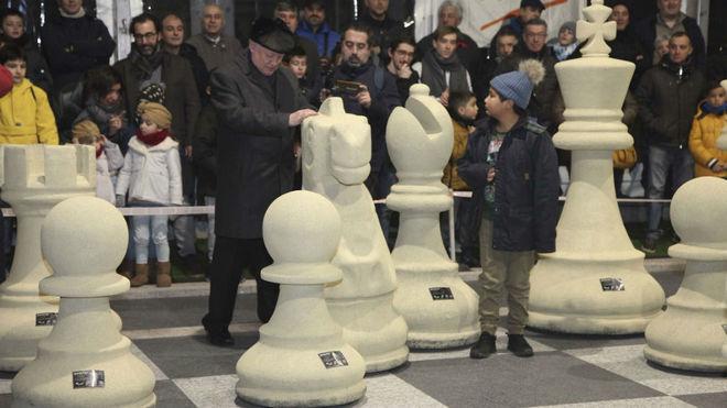 Karpov, durante una de las partidas