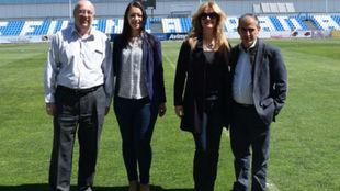 Pedro Díaz, a la izquierda, junto a la delegada coordinadora de la...
