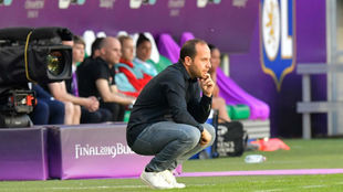 Lluis Cortés, atento en el banquillo durante la final de la Champions...
