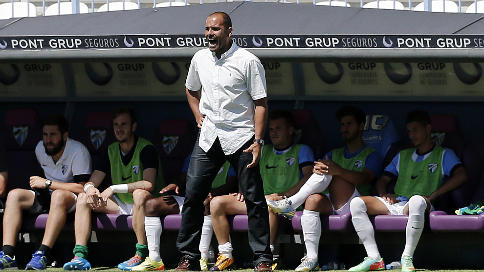 Salva, en su etapa como entrenador del Atlético Malagueño.
