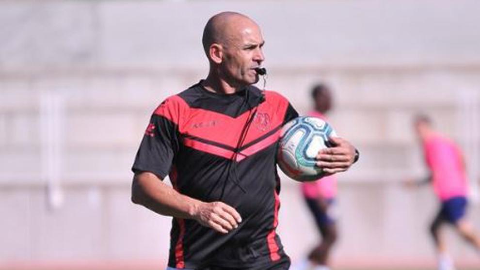 Paco Jémez durante un entrenamiento del Rayo Vallecano.