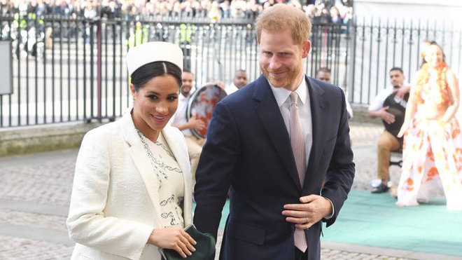 El Príncipe Harry y Meghan Markle renuncian a la Familia Real y a su...