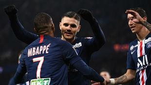Icardi agradece a Mbappé una de sus asistencias.