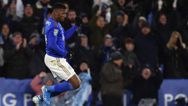 Iheanacho celebra su gol al Aston Villa.