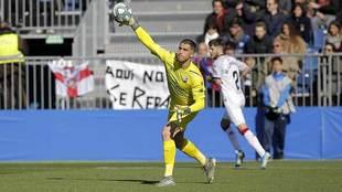 Rubén Yáñez, durante el partido del Huesca en Fuenlabrada esta...