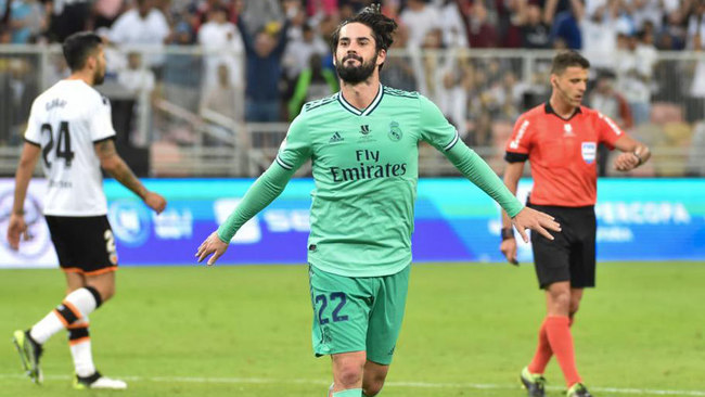 Isco celebra su gol al Valencia.