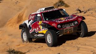 Carlos Sainz durante la quinta etapa del Rally Dakar.