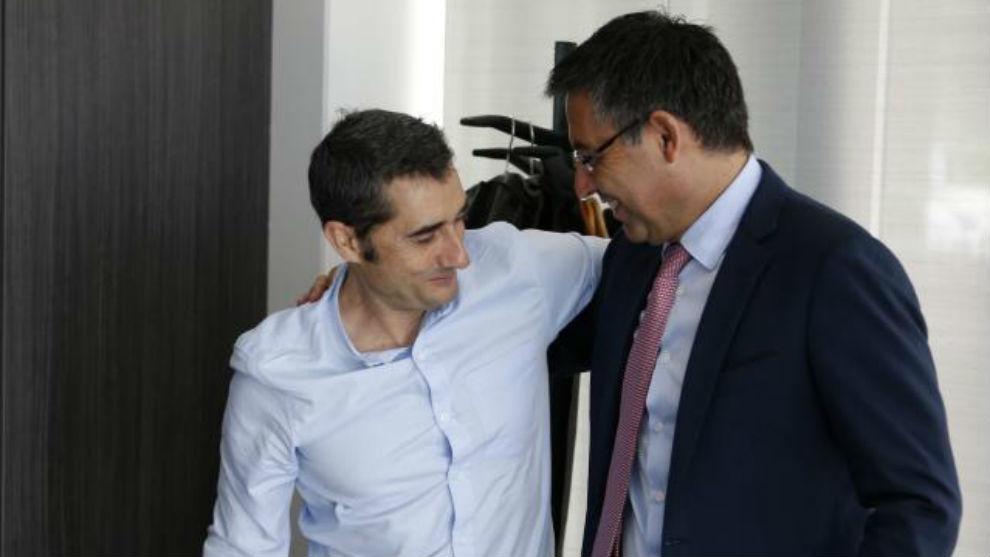 Valverde y Bartomeu, en un encuentro en la Ciudad Deportiva.