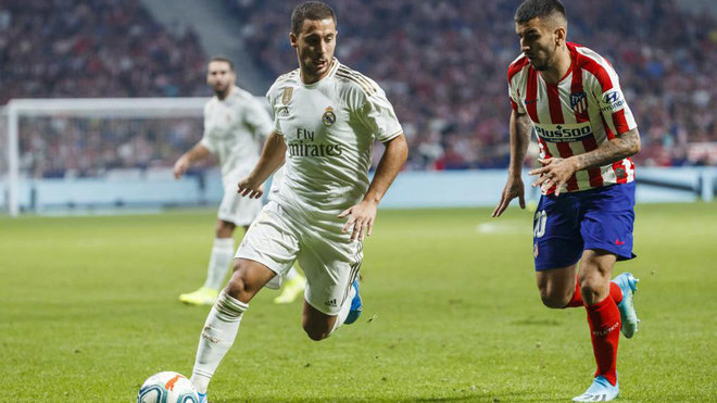 Eden Hazard, durante el derbi de ida ante el Atlético.