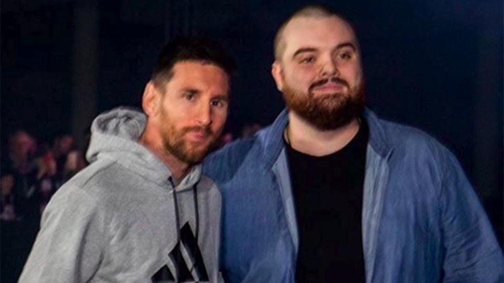 Ibai junto a Messi en un evento