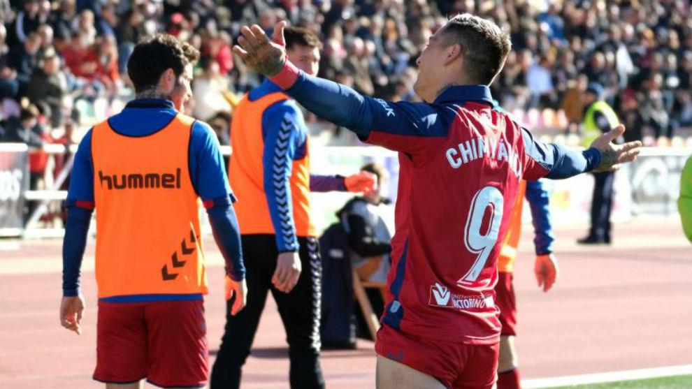 Chimy Ávila celebrando su gol ante el Haro.