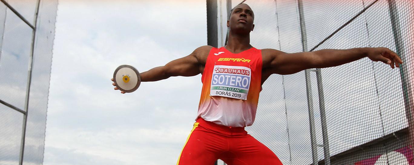 Yasiel Sotero, compitiendo con la selección española