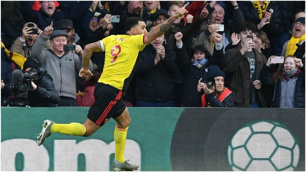 Troy Deeney celebra un gol contra el Manchester United.