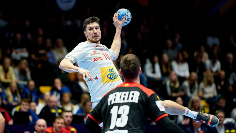 Alex Dujshebaev, en el partido ante Alemania del Europeo /