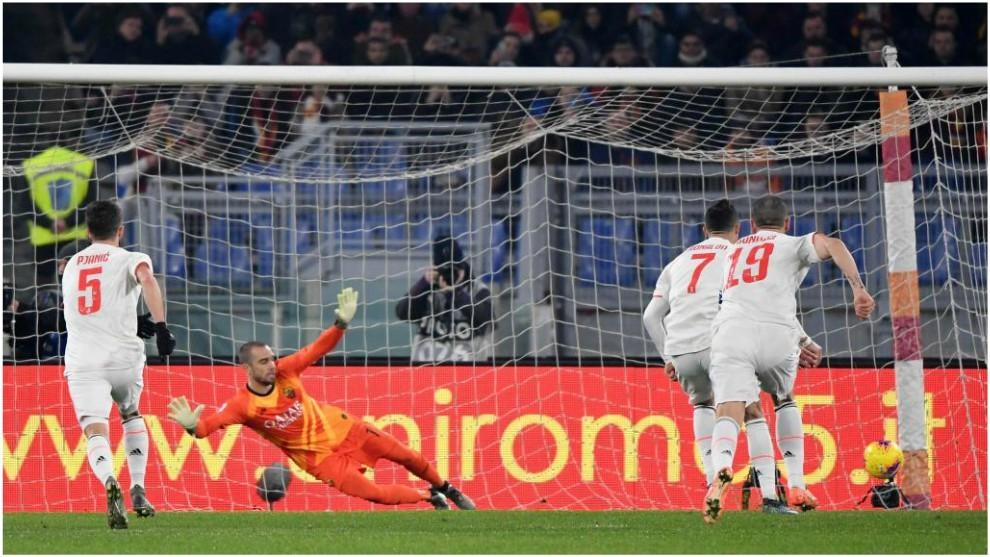 Cristiano Ronaldo marca de penalti el 0-2 de la Juventus.