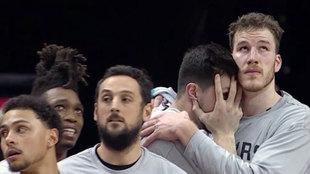 Así quedaron las caras de los jugadores de los Spurs tras el mate de...