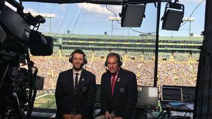 Tony Romo y Jim Nantz.