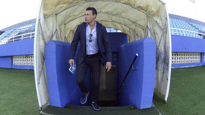 Amadeo Salvo en el túnel de vestuarios de Can Misses.