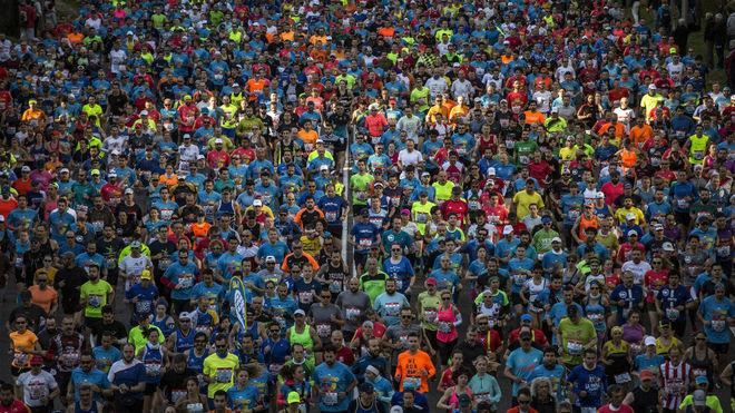 Miles de corredores, en el Maratón de Madrid