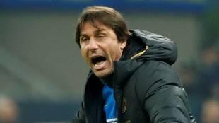 Antonio Conte le ganó a su exequipo